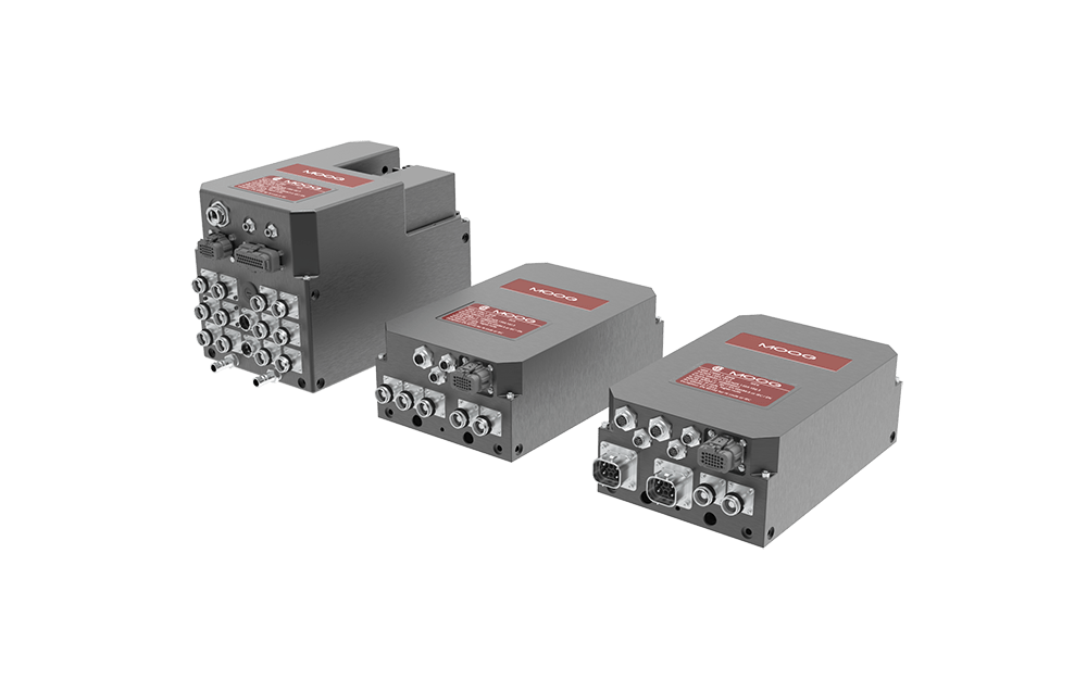 Axis-Servodrives-and-Power-Module-1